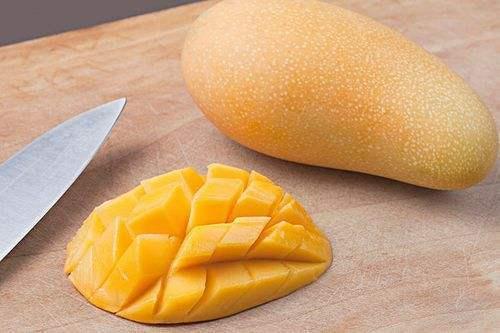 湿气重的人,吃水果也要讲究