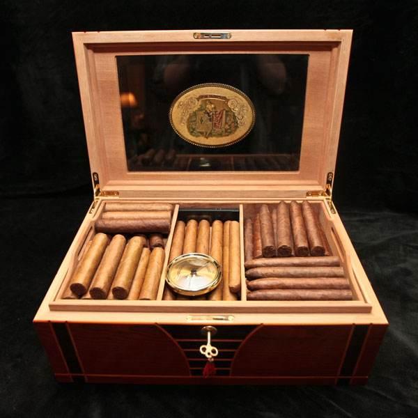 """从""""保湿""""到""""恒湿"""",首款恒温恒湿雪茄柜诞生"""