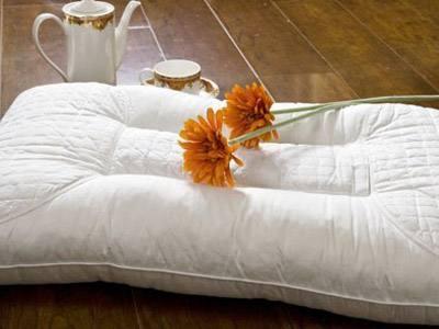 正确清洗枕头,睡出好健康