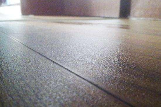 木地板受潮会减损使用寿命