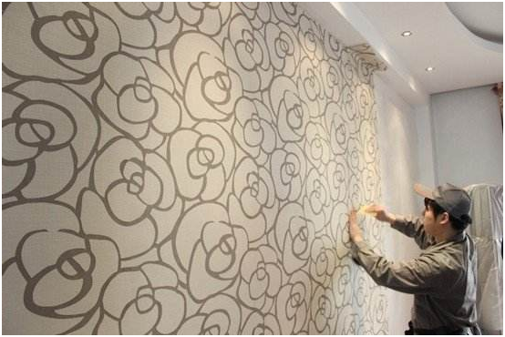 黄梅天装修刷油漆或者贴墙纸吗?